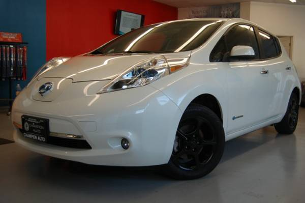 2013 Nissan Leaf Ivory Pearl +Blacked Out Tint&Wheels/Nav/HOV STICKER!