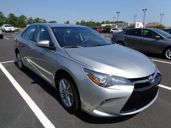 Certified: Toyota Stock 0016604A 2016 Camry SE 4dr Sedan SE