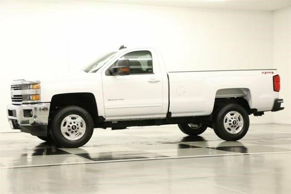 *CAMERA - SILVERADO 2500 HD 4X4* 2016 Chevy *6.0L V8 - REMOTE START*