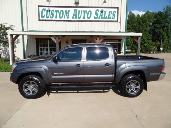 2012 TOYOTA TACOMA 4X4 ONE OWNER!