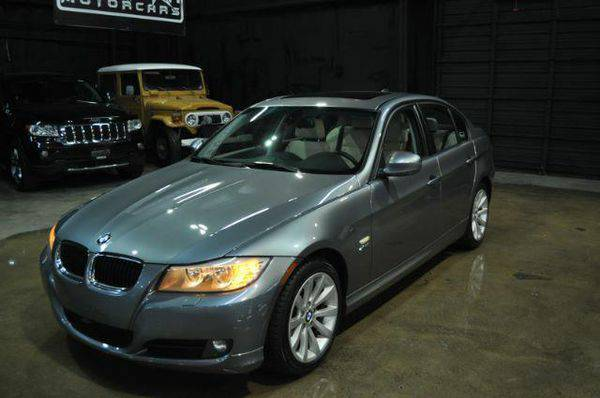 2011 *BMW* *3-Series* 328i xDrive - Check out the NEW INVENTORY
