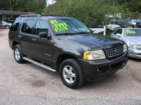 2005 FORD EXPLORER XLT- PRICE SLASHER!!- VISIT OUR WEBSITE