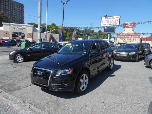 2010 AUDI Q5 WITH TECK PACK!!!! EXTRA CLEAN!!!!