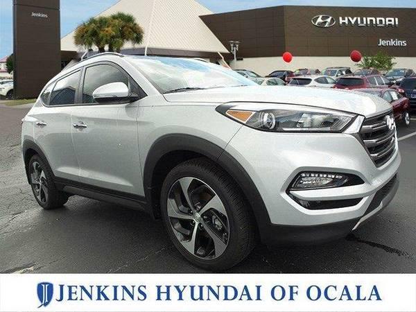 2016 *Hyundai Tucson* Limited - MOLTEN SILVER