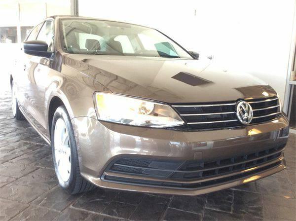 2015 *Volkswagen* *Jetta* 1.8T SE -🔥LOW MONTHLY PAYMENT