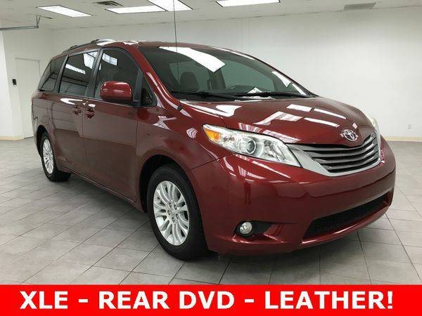 2011 *Toyota* *Sienna* XLE - THE OKC PRICE LEADER!