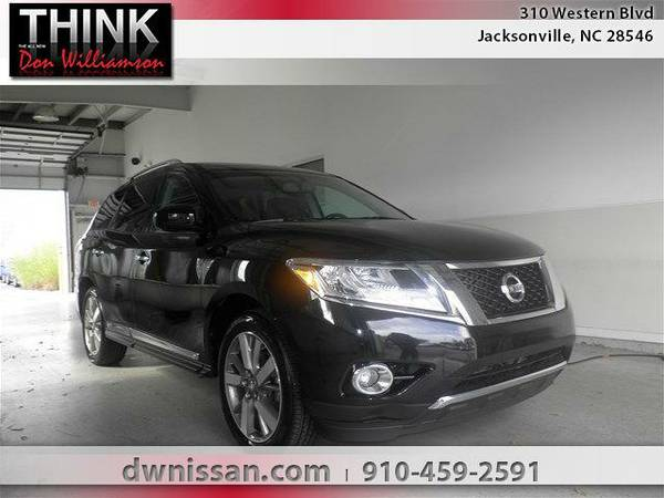 2013 *Nissan Pathfinder* Platinum - Good Credit or Bad Credit!