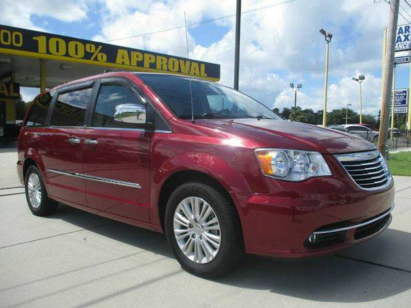 2012 *Chrysler* *Town* *and* *Country* Touring-L 4dr Mini Van - GET AP