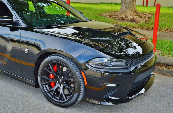 2015 Dodge Charger SRT HELLCAT | 1 Owner | 12K Miles | Warranty