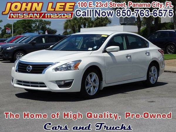2013 *Nissan Altima* 2.5 S - (Pearl White) 4 Cyl.