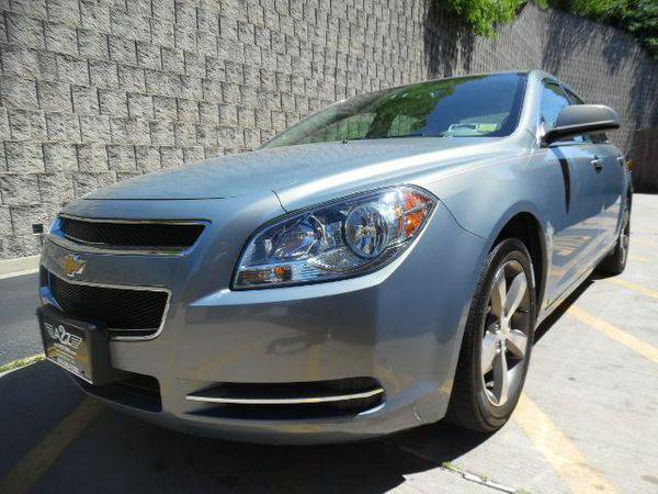 2009 *Chevrolet* *Malibu* LT2 Guaranteed Credit Approval!