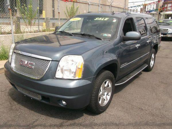 2007 *GMC* *Yukon* *Denali* XL AWD -🚗 🏃
