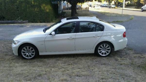 **2006 BMW 330XI**LUXURY AND POWER/AWD**