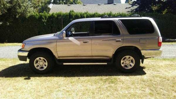 **2002 Toyota 4Runner**GREAT FIRST CAR**
