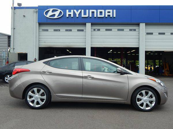 2013 *Hyundai* *Elantra* Limited -You Make the Drive, We'll make t