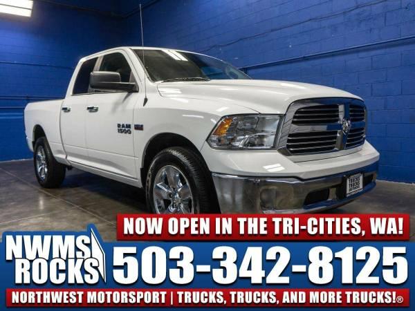 2015 *Dodge Ram* 1500 Big Horn 4x4 -