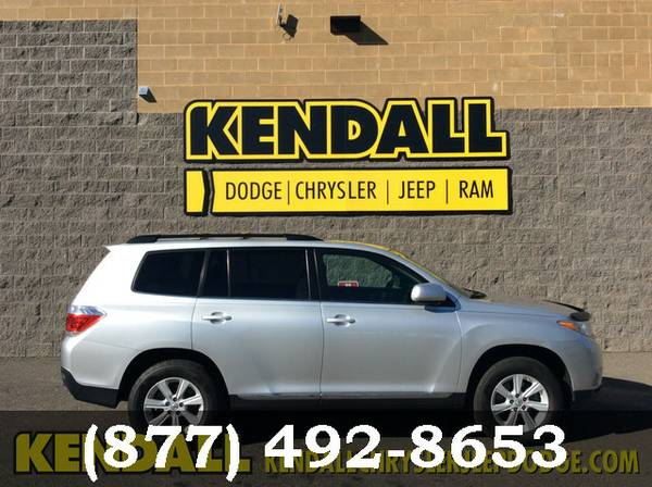 2013 Toyota Highlander SILVER **PRICED TO MOVE!!**