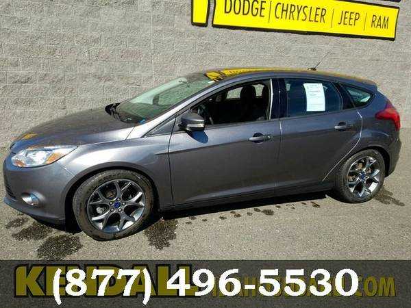 2014 Ford Focus GRAY Awesome value!