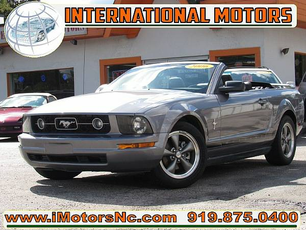 2006 Ford Mustang V6 PREMIUM CONVERTIBLE@@@CLEAN*LOW MILES*ON SALE@@@
