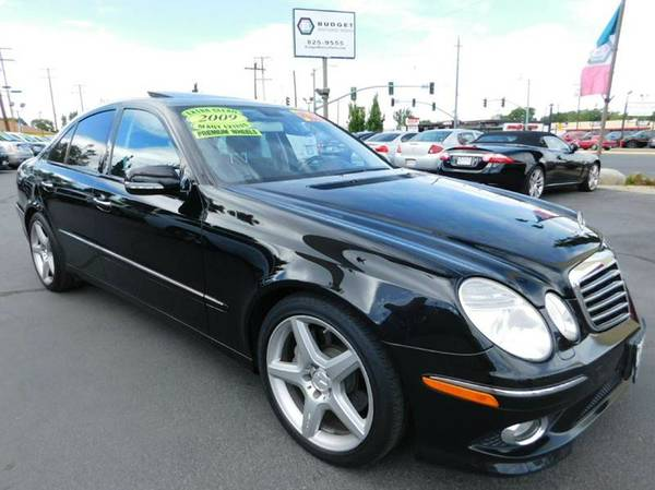 2009 Mercedes-Benz E-Class Black **Great Price Online!!**