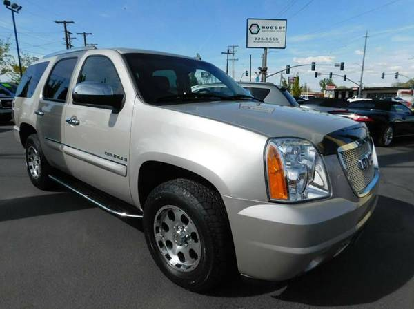 2007 GMC Yukon Pewter SEE IT TODAY!