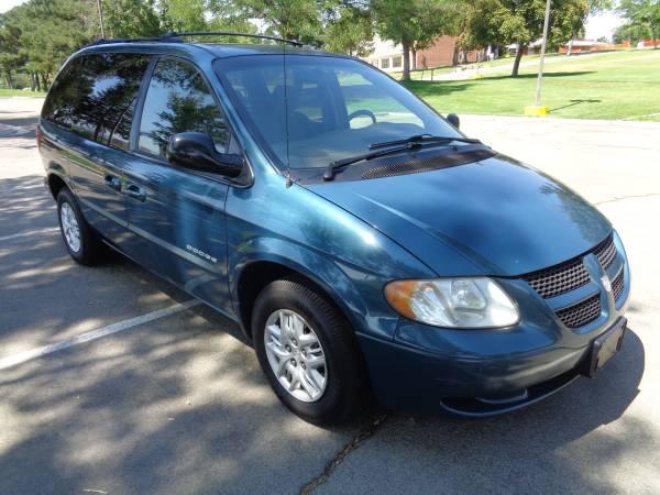 2001 Dodge Caravan Sport, FWD, auto, 6cyl. 7passenger, SUPER CLEAN!!