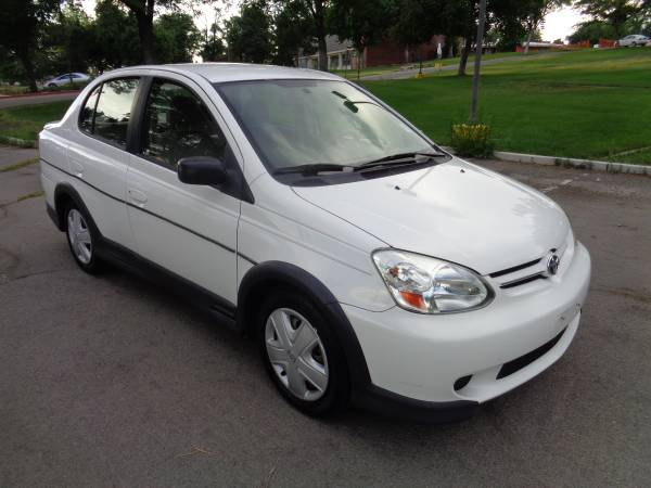2003 Toyota Echo, FWD, 4dr, 5spd, 4cyl, ONLY 84k miles! EXLNT COND!