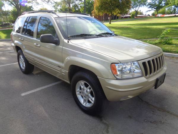2000 Jeep Grand Cherokee Limited 4x4, auto, 6cyl. only 57k miles!MINT!
