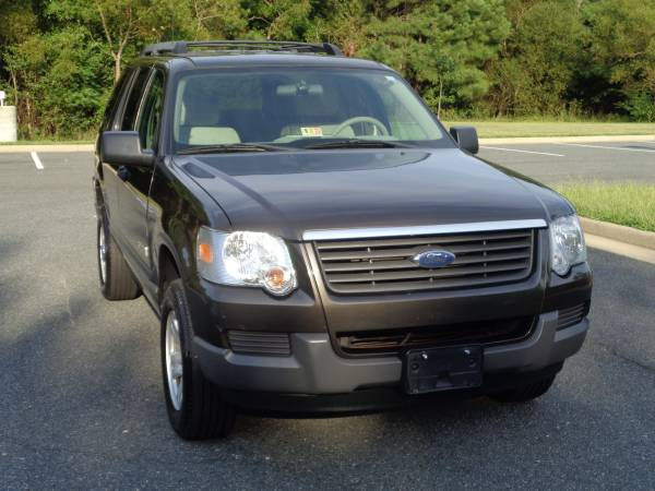 2006 FORD EXPLORER * XLS CLEAN AUTO * trailblazer chevy tahoe * $4995