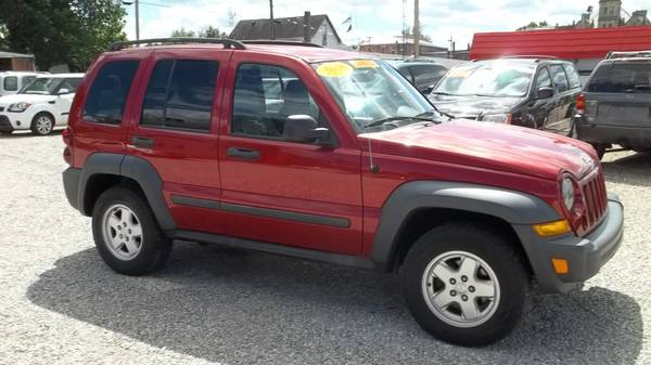 2006 Jeep Liberty Sport Low miles