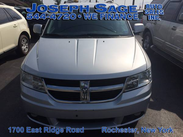 2010 Dodge Journey SXT - Apply on our website today! Get financed!