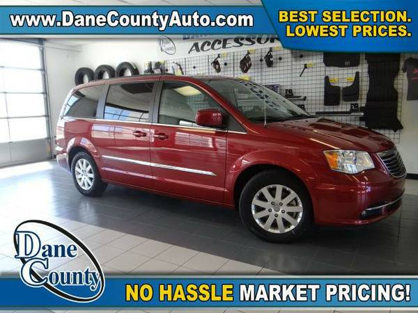 2015 *Chrysler Town & Country* Touring - Chrysler Deep Cherry Red...