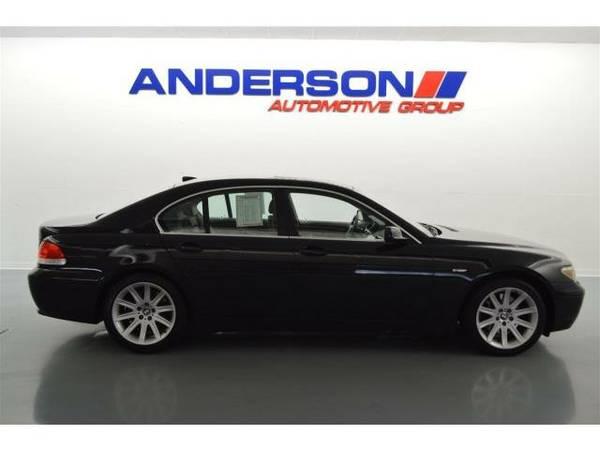 2002 *BMW 7 Series* 745i (Black Sapphire Metallic)