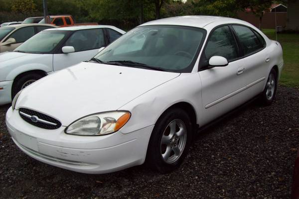 ***2003 Ford Taurus SES 129k miles- White***