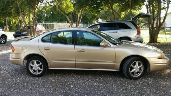 Oldsmobile alert 2000 $1995