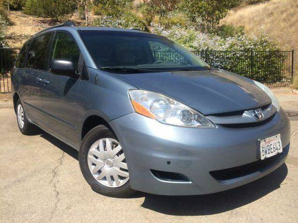 2006 *Toyota* *Sienna* LE 8 Passenger - WE APPROVE EVERYONE!! $0 DOWN
