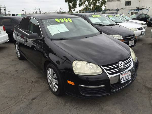 **BUY IT NOW** 2005 Volkswagen Jetta Sedan A5 4dr 2.5L Auto PZEV