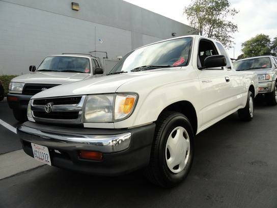 1999 Toyota Tacoma 2WD Xtracab 1 Original Owner!! Flawless!!