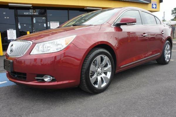 2011 BUICK LACROSSE CXS • ENGANCHES BAJOS •