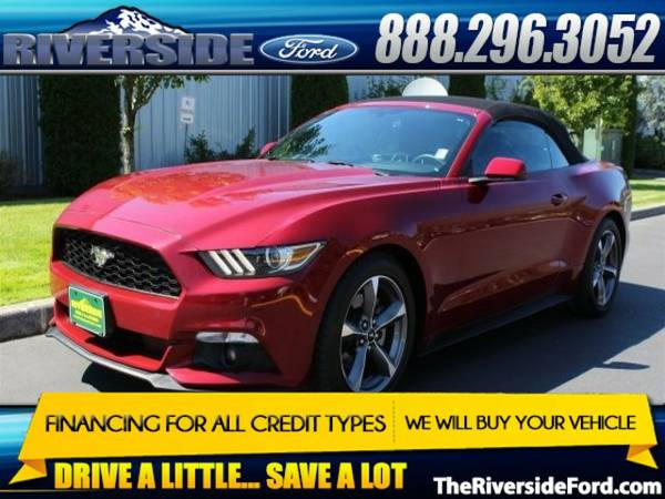 2015 Ford Mustang 2D Convertible V6