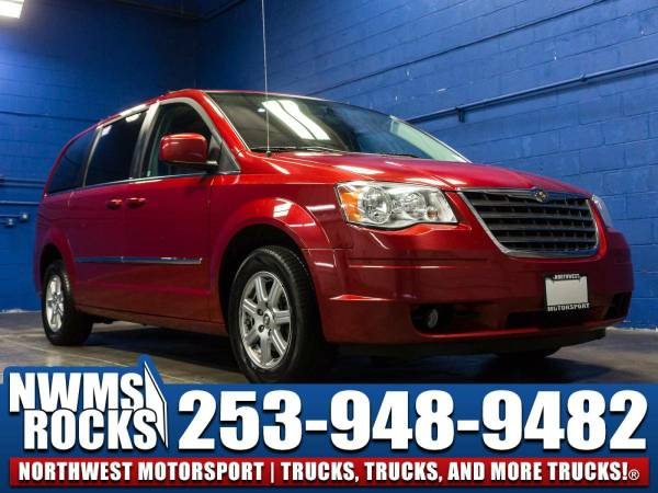 2010 *Chrysler Town And Country* Touring FWD - 2010 Chrysler Town And