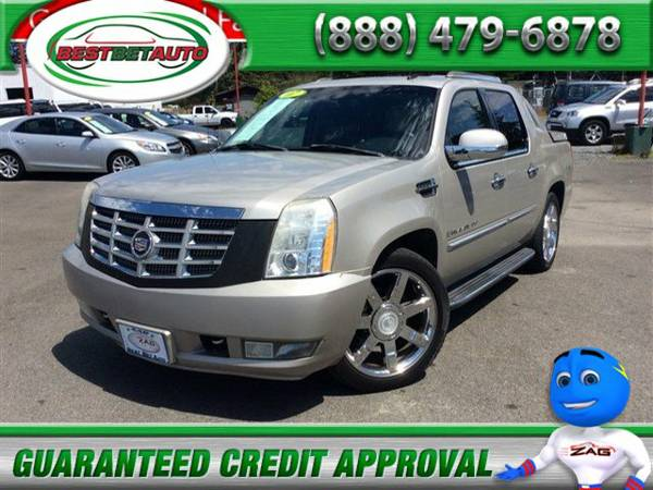 Huge sale going on now 2007 Cadillac Escalade EXT AWD 4dr Crew Cab...