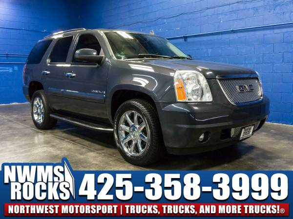 2008 *GMC Yukon* Denali AWD - Leather 3rd Row Seats! 2008 GMC Yukon De