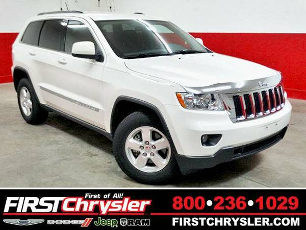 2011 *Jeep Grand Cherokee* Laredo 4x4 - Jeep Stone White Clearcoat