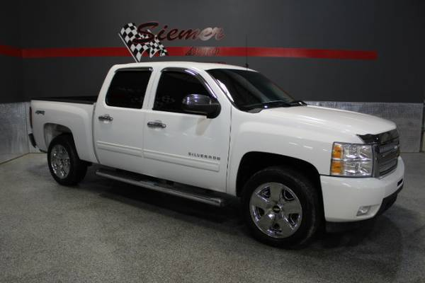 2011 Chevrolet Silverado 1500*BIG TIME DEALS, SMALL TOWN VALUES, CALL*