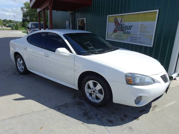 2006 PONTIAC GRAND PRIX Very Clean, Runs Great, Local Trade, Like New!