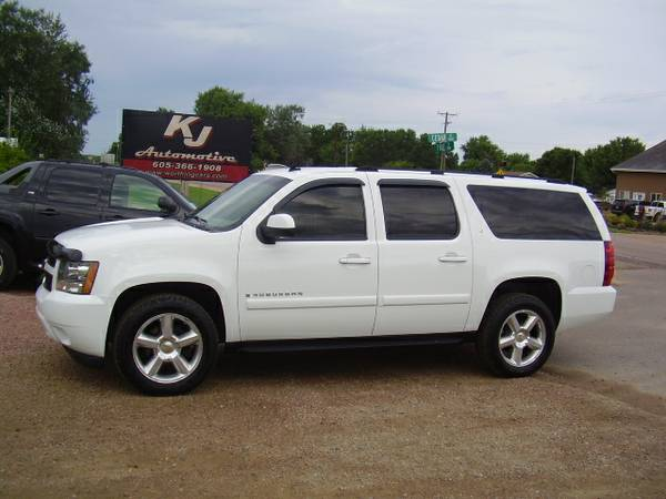 * 2007 CHEVY SUBURBAN LT - LEATHER - DVD - 1 OWNER *