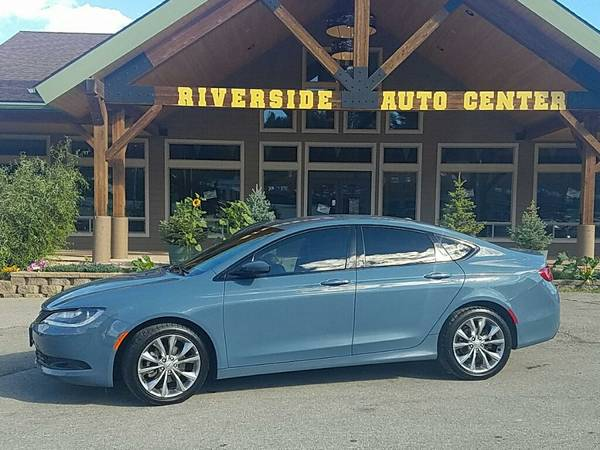 2015 *Chrysler 200* (8045) Easy Financing Available