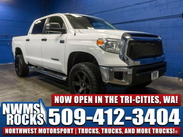 2015 *Toyota Tundra* SR5 4x4 - One Previous Owner! 2015 Toyota Tundra