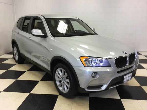 2013 BMW X3 xDRIVE28i AWD LEATHER LOADED SUNRF LOW MILES! DRIVES GREAT